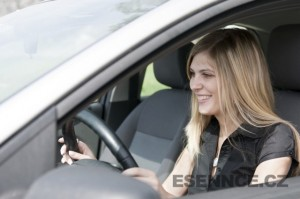 Teorie a praxe kurzu bezpečné jízdy